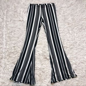 Black & white stripe flare pants Medium